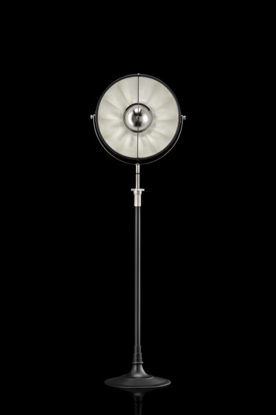 Lámpara de pie Fortuny Atelier 41 negra y con pan de plata