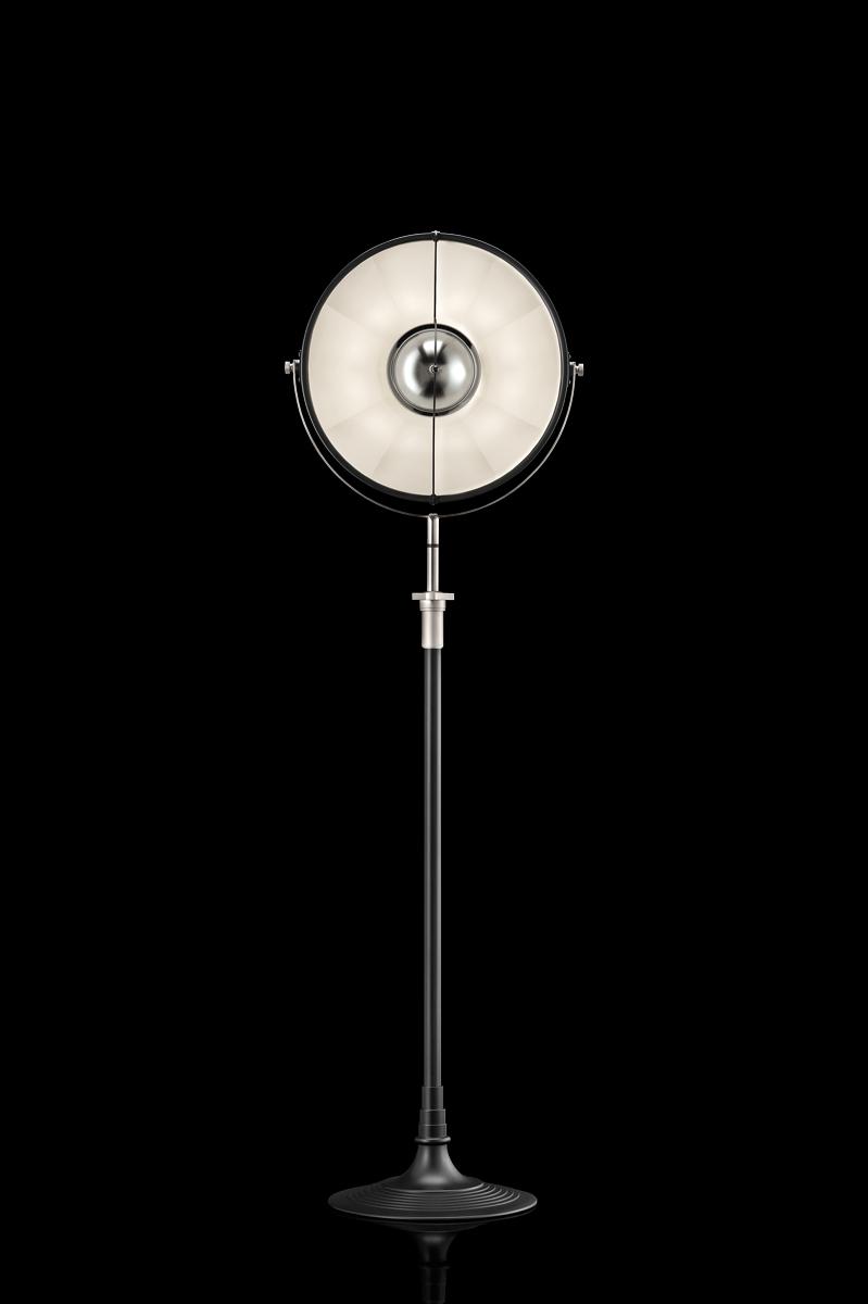 Lámpara de pie Fortuny Atelier 41 negra y blanca