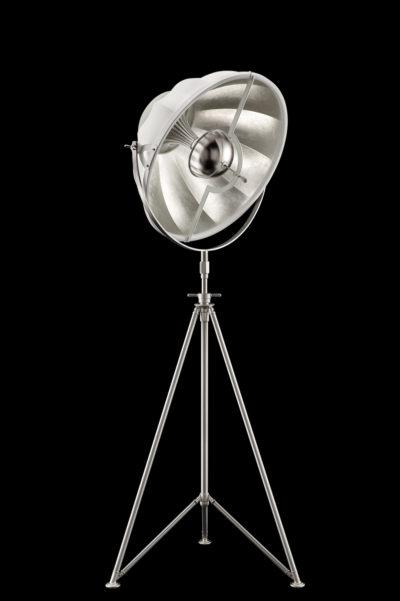 Lámpara de pie Fortuny Studio 63 con trípode de acero blanca y con pan de plata