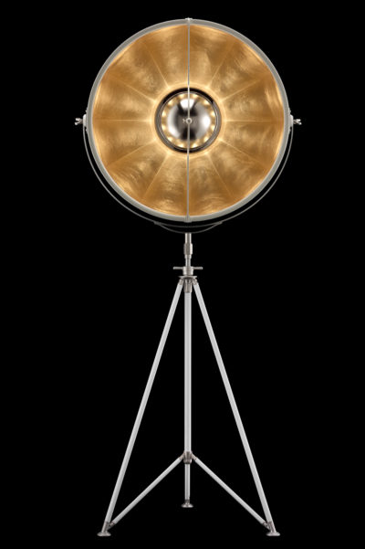 Lámpara de pie Fortuny Studio 76 con trípode blanca y con pan de oro