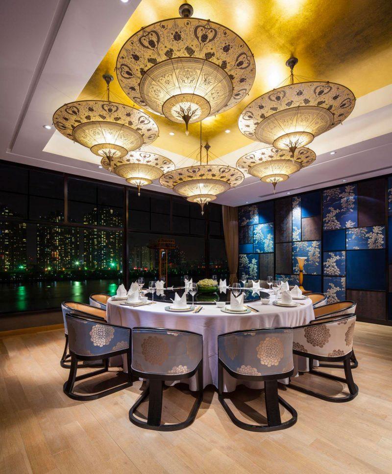 Scheherazade Fortuny 3 niveles Lámpara de seda con diseño Geométrico - restaurante