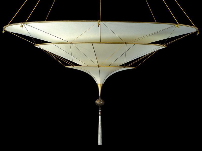 Scheherazade Fortuny 3 niveles Lámpara de seda de color liso diseño Plain - vista frontal