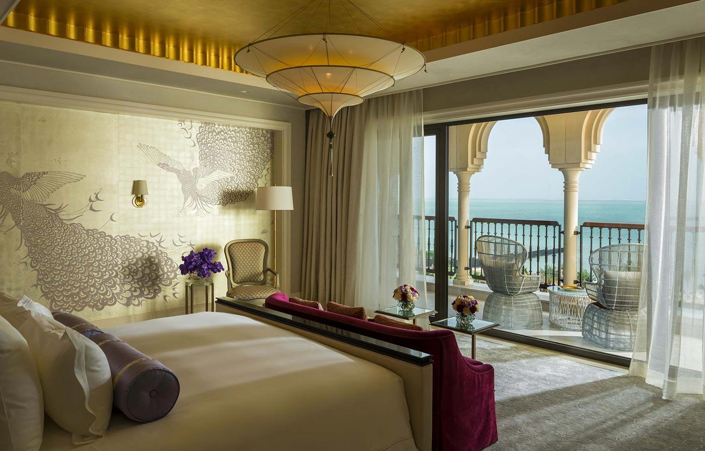 Lámpara de seda de 3 niveles Scheherazade en Four Seasons Resort Hotel en Dubai, dormitorio principal de la suite Royal