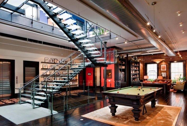 Triplex loft mansion en Tribeca, Nueva York con lámparas Fortuny