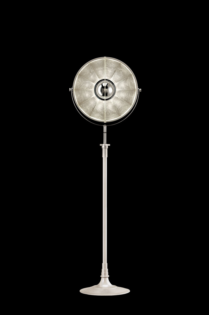 Lámpara de pie Fortuny Atelier 41 blanca y pan de plata