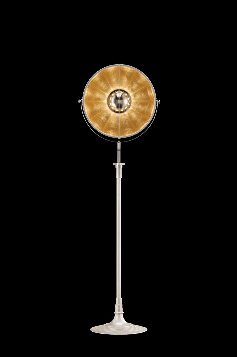 Lámpara de pie Fortuny Atelier 41 blanca y pan de oro