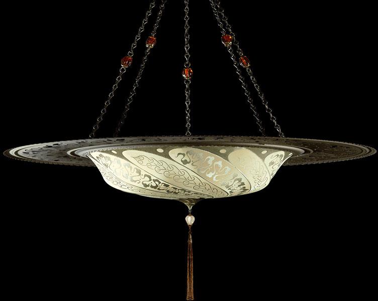 Lámpara Fortuny Scudo Saraceno Serpentine de seda marfil con anillo metálico