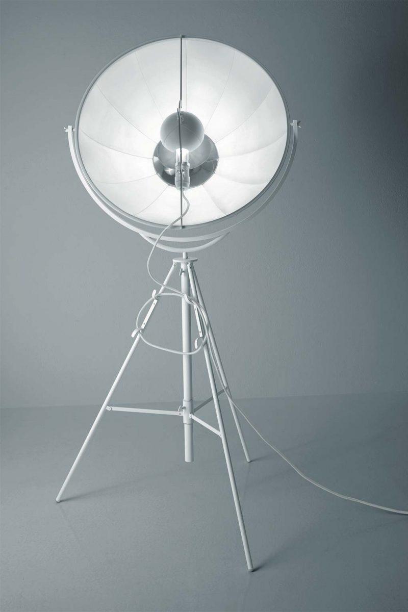 Lámpara de pie Pallucco Fortuny Blanca vista frontal