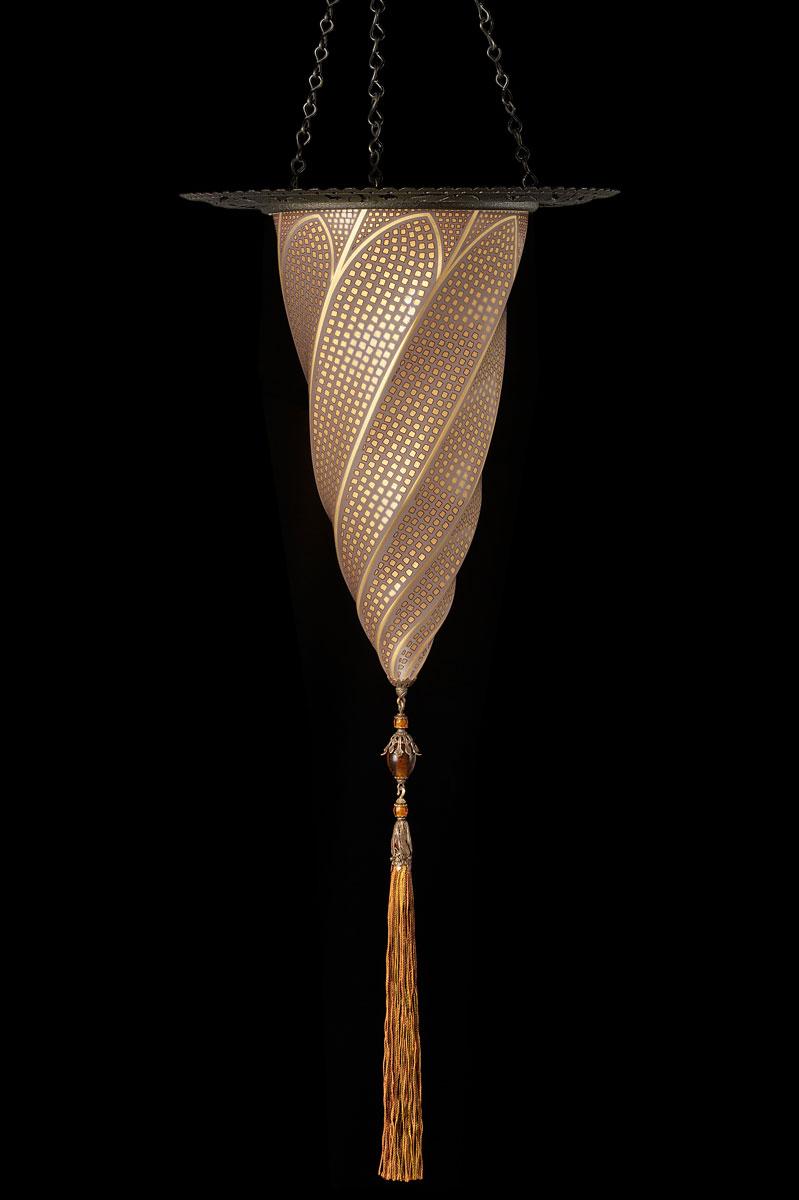 Lámpara Fortuny Cesendello de cristal mosaico dorado con anillo metálico