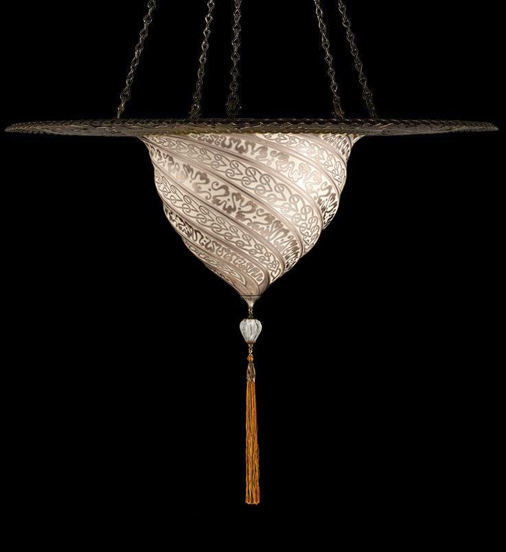 Lámpara Fortuny Samarkanda de cristal plateado con anillo metálico