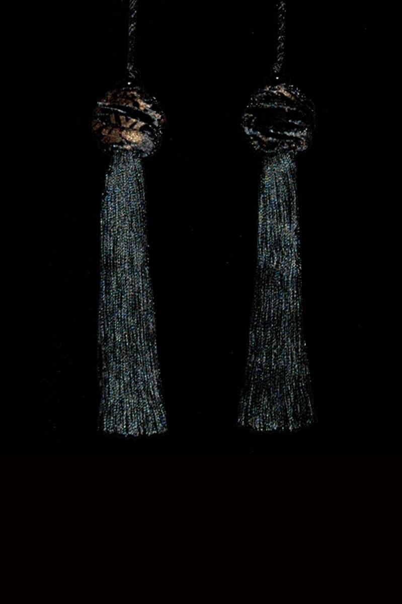 Venetia Studium Turbante couple of black key tassels