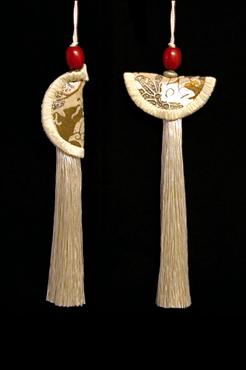 Venetia Studium couple of ivory Geisha & Samurai key tassels
