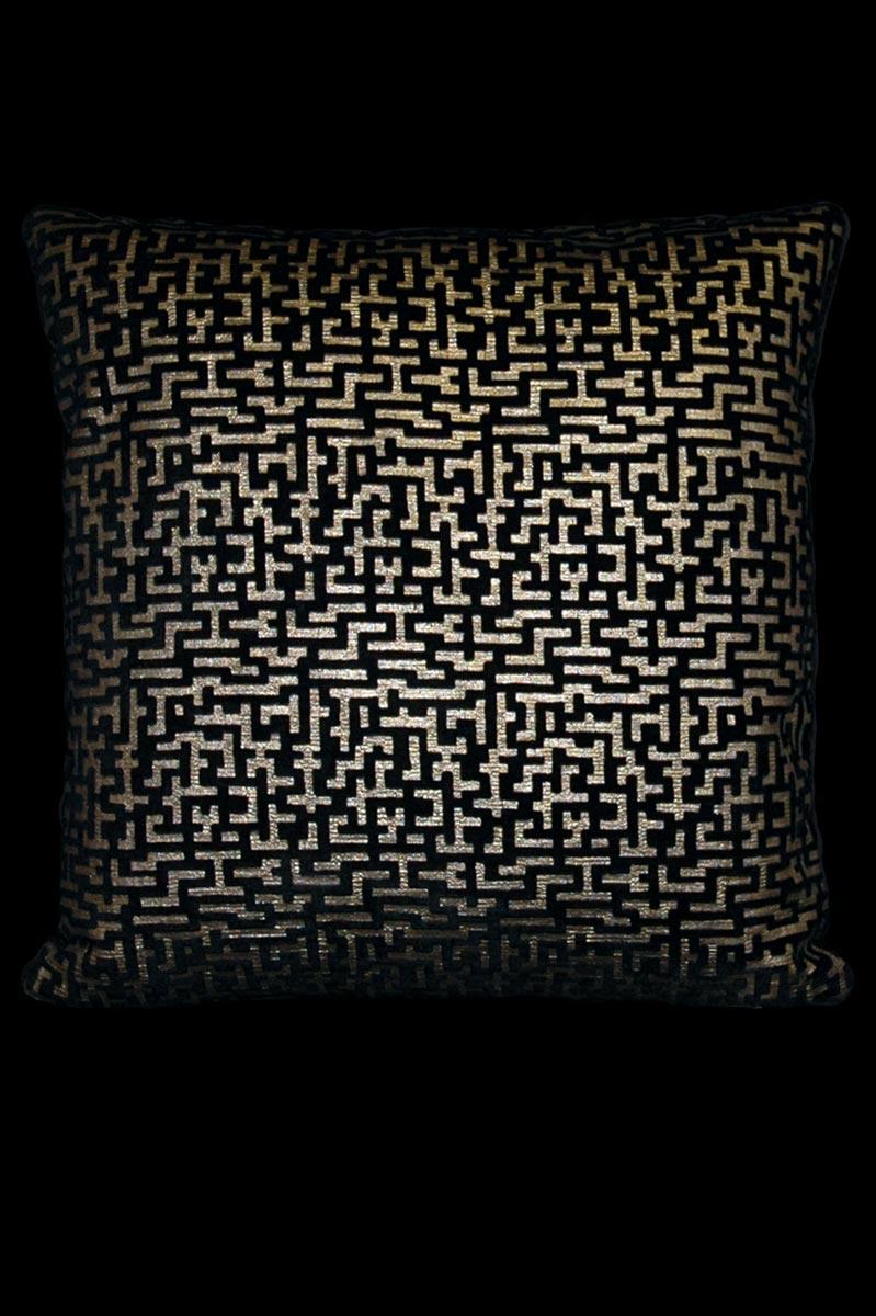 Cojín Venetia Studium cuadrado Labirinto de terciopelo negro estampado
