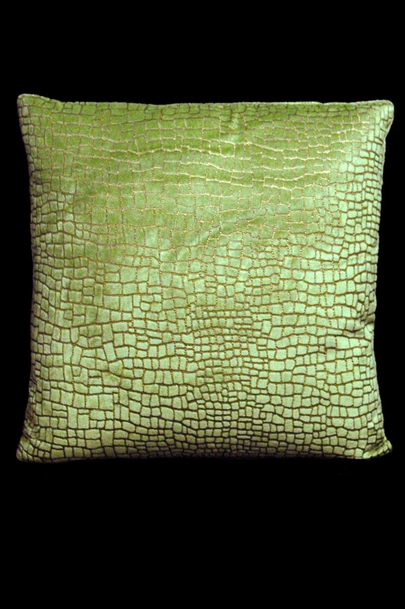 Cojín Venetia Studium cuadrado de terciopelo verde claro estampado con diseño Mosaico